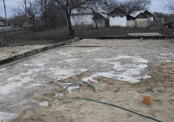готовим основу для пола каркасного дома